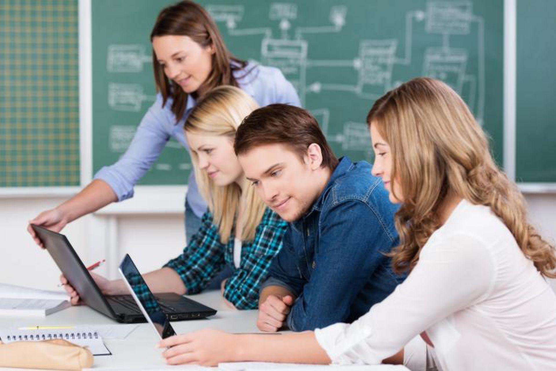 Pós-Graduação em Inovação e  Metodologias Ativas na Educação: da gestão do ensino à sala de aula em Porto Alegre   Factum Graduação e Cursos Técnicos