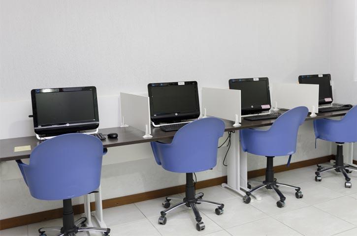 Laboratório de Informática (1302)